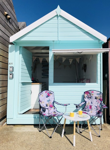 Billie Hut Walton on the Naze